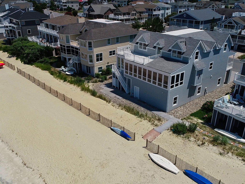 104BreakwaterBeach